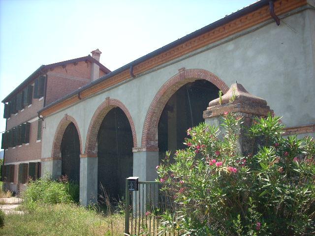 Rustico / Casale in vendita a Pernumia, 15 locali, Trattative riservate | Cambio Casa.it