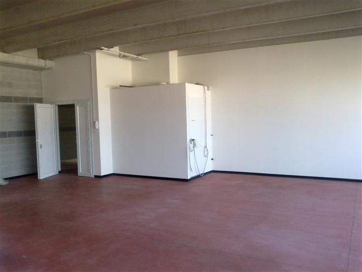 Laboratorio in vendita a Este, 9999 locali, prezzo € 74.000 | Cambio Casa.it