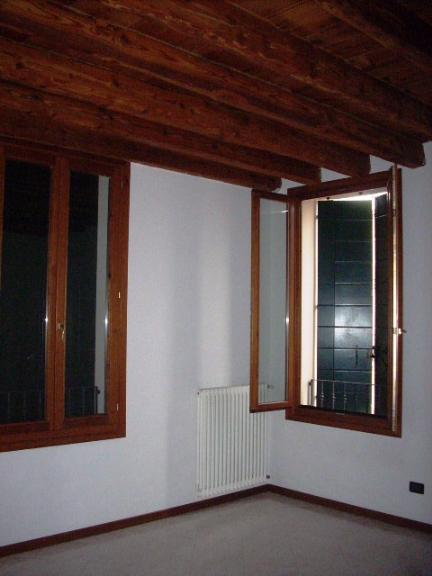 Appartamento in vendita a Este, 3 locali, prezzo € 125.000 | Cambio Casa.it