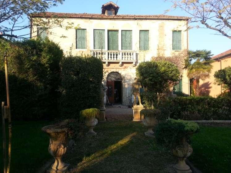 Rustico / Casale in vendita a Este, 10 locali, zona Località: MOTTA, prezzo € 130.000 | Cambio Casa.it