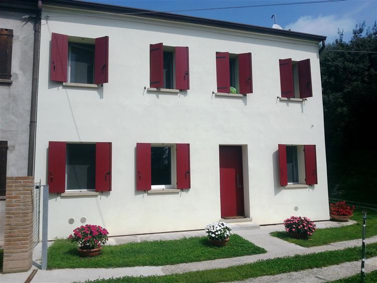 Rustico / Casale in vendita a Este, 4 locali, prezzo € 260.000 | Cambio Casa.it