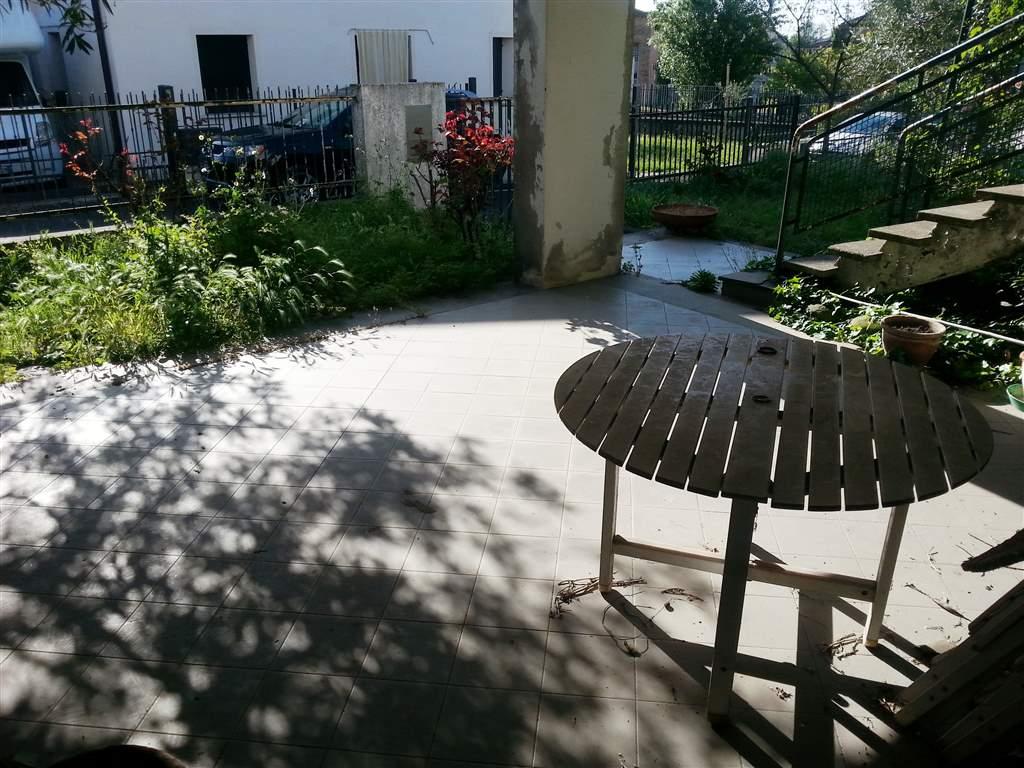 Soluzione Indipendente in vendita a Este, 7 locali, prezzo € 220.000 | Cambio Casa.it
