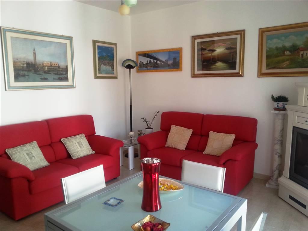 Appartamento in vendita a Este, 5 locali, prezzo € 110.000 | Cambio Casa.it