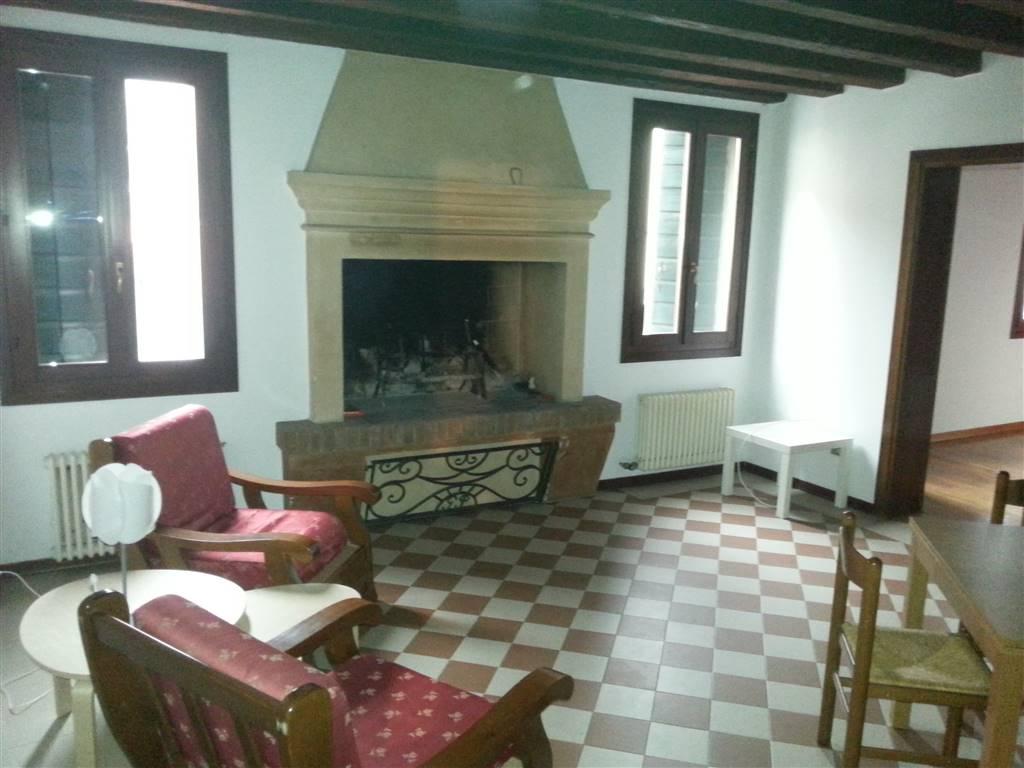 Appartamento in affitto a Este, 2 locali, prezzo € 400   Cambio Casa.it