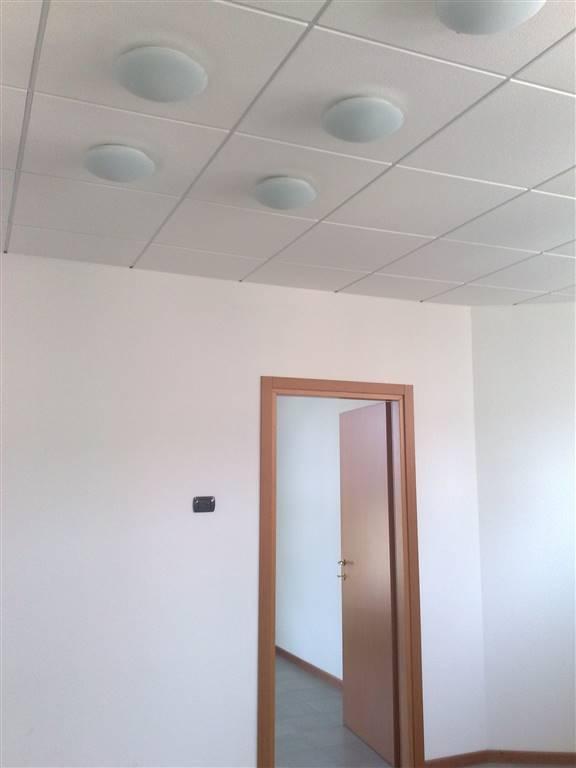 Ufficio / Studio in affitto a Este, 1 locali, prezzo € 480 | Cambio Casa.it