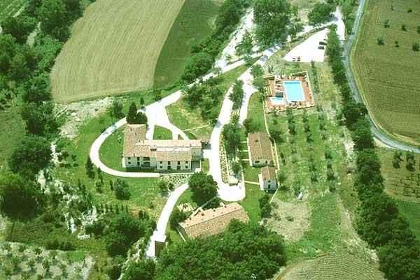 Attivita'-licenza in Vendita a Pisa: 2000 mq