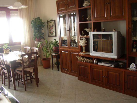 Appartamento in Vendita a Massa Marittima: 5 locali, 100 mq
