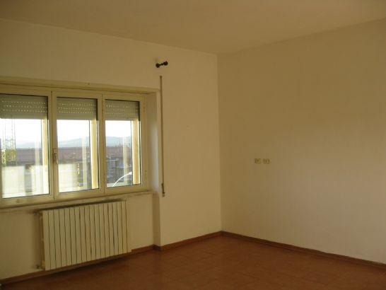 Appartamento in vendita a Gavorrano, 4 locali, zona Zona: Filare, prezzo € 90.000 | CambioCasa.it