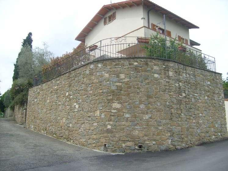 Appartamento in Vendita a Arezzo: 5 locali, 350 mq