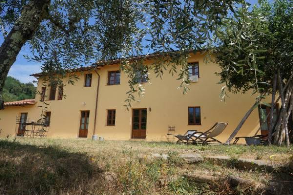 Azienda Agricola in Vendita a Montecatini-Terme