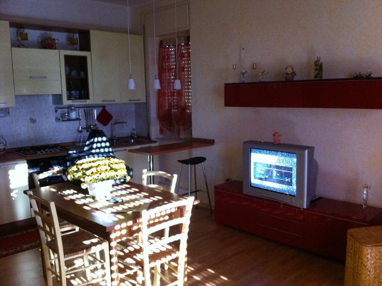 Appartamento in vendita a Massa Marittima, 4 locali, prezzo € 170.000 | CambioCasa.it