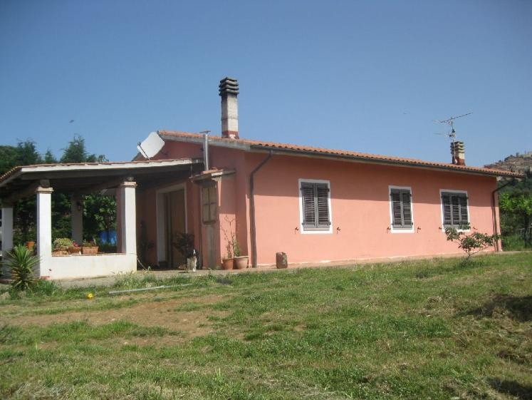 Case in vendita livorno montebello immobiliare a livorno for Ispezione a casa su nuova costruzione