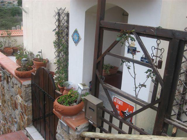 Appartamento di lusso in vendita ad isola del giglio for Prezzo del garage 16x20