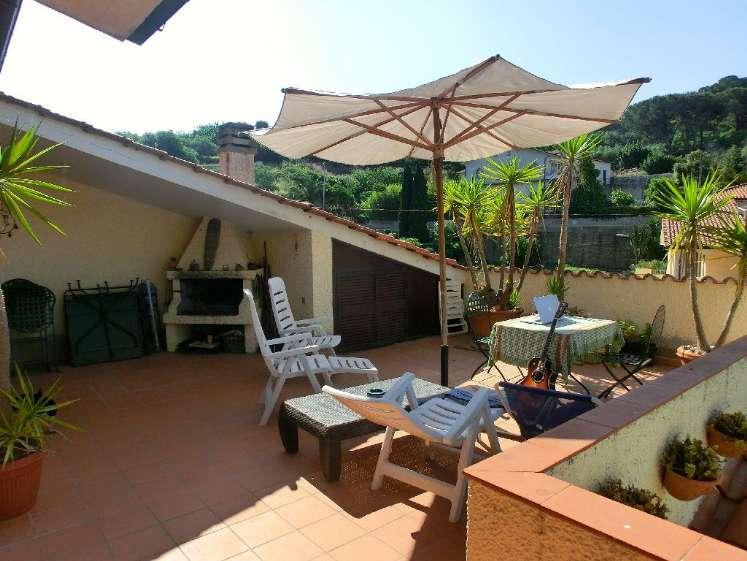Appartamento in vendita a Porto Azzurro, 3 locali, prezzo € 350.000 | CambioCasa.it