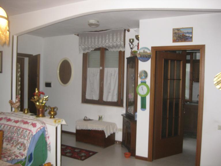 Soluzione Indipendente in vendita a Gavorrano, 4 locali, zona Zona: Grilli, prezzo € 220.000 | CambioCasa.it