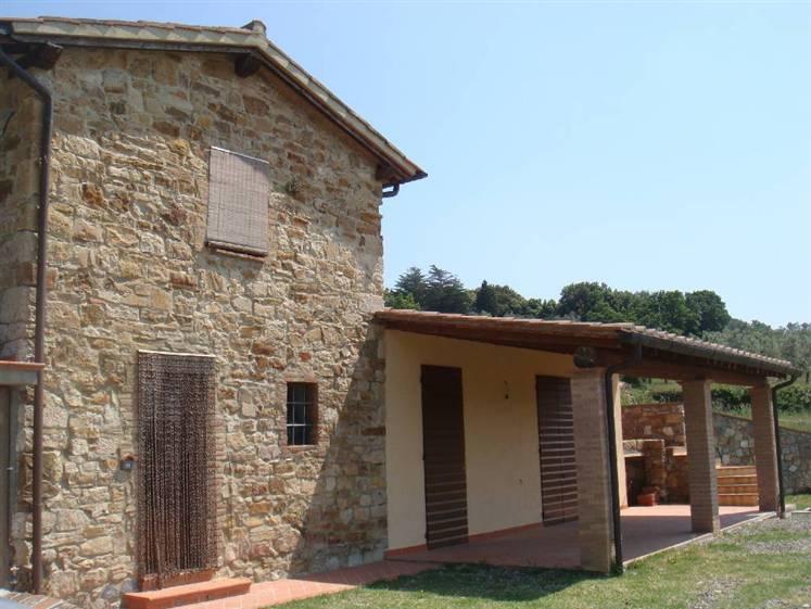 Rustico / Casale in vendita a Sassetta, 5 locali, prezzo € 500.000 | CambioCasa.it