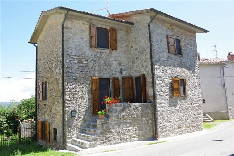 Rustico / Casale in Vendita a Roccalbegna