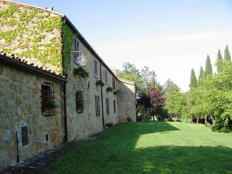 Rustico / Casale in Vendita a Montepulciano