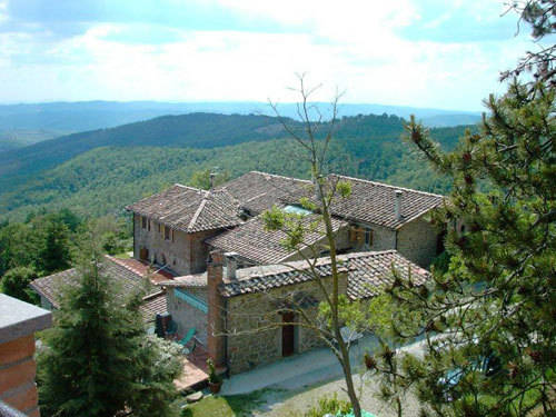 Rustico / Casale in Vendita a Siena