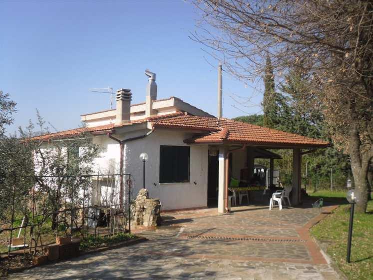 Soluzione Indipendente in vendita a Scarlino, 4 locali, prezzo € 370.000 | CambioCasa.it
