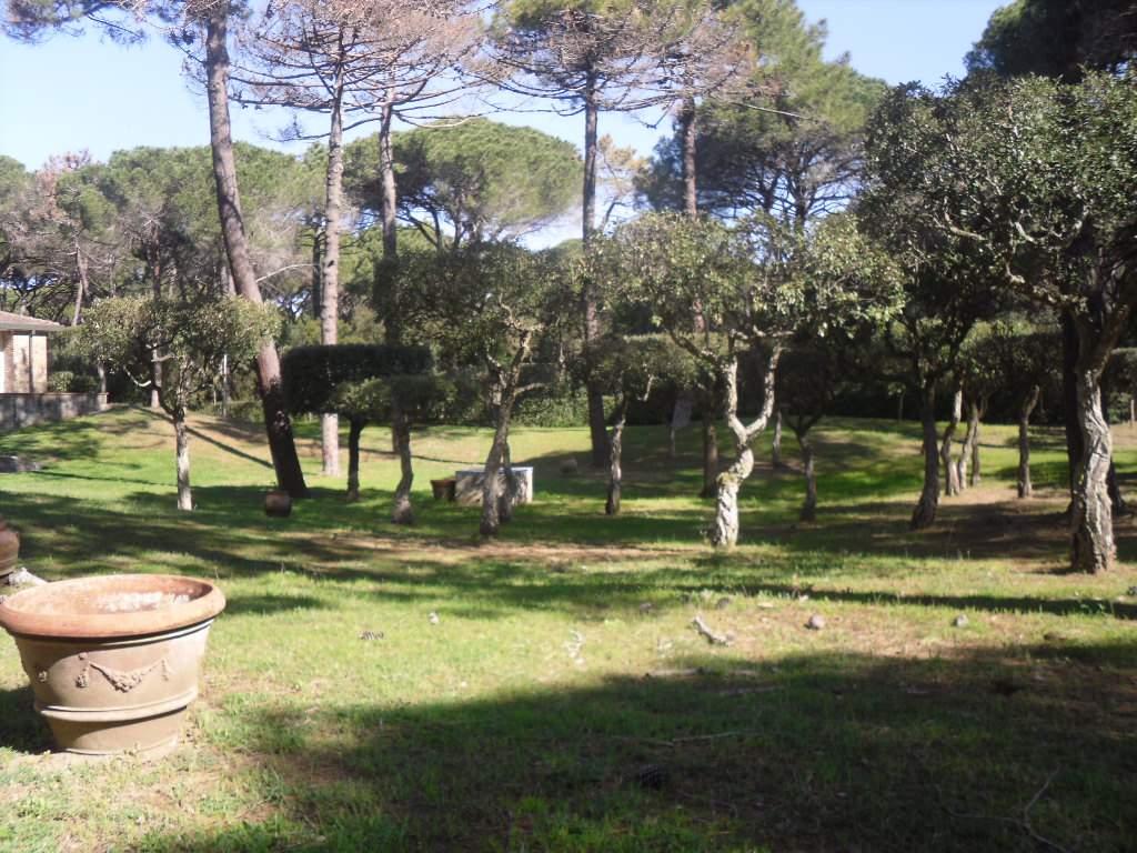 Villa in vendita a Castiglione della Pescaia, 20 locali, Trattative riservate | Cambio Casa.it
