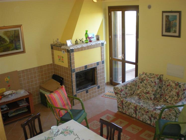 Soluzione Indipendente in vendita a Gavorrano, 4 locali, prezzo € 170.000 | CambioCasa.it
