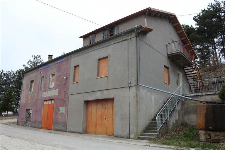 Rustico / Casale in vendita a Marradi, 10 locali, prezzo € 230.000 | CambioCasa.it