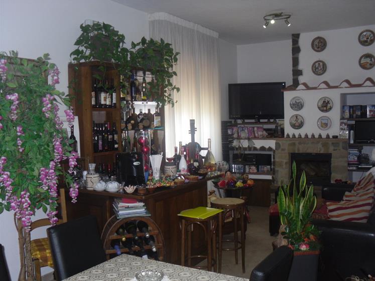 Soluzione Indipendente in vendita a Massa Marittima, 6 locali, zona Zona: Valpiana, prezzo € 420.000 | CambioCasa.it