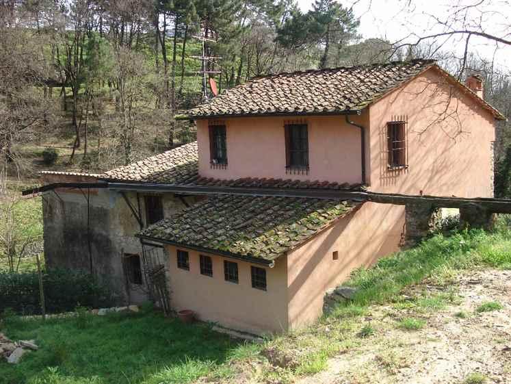 Rustico / Casale in Vendita a Calcinaia