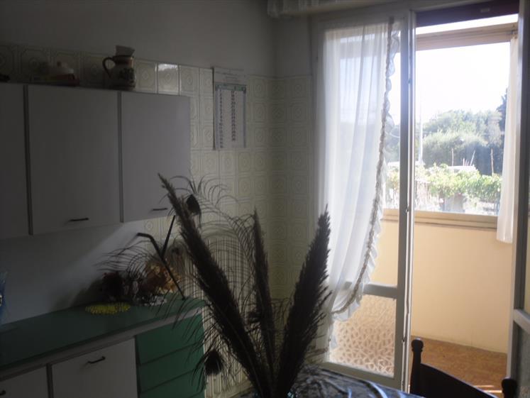 Appartamento in vendita a Piombino, 5 locali, zona Zona: Populonia Stazione, prezzo € 260.000 | CambioCasa.it