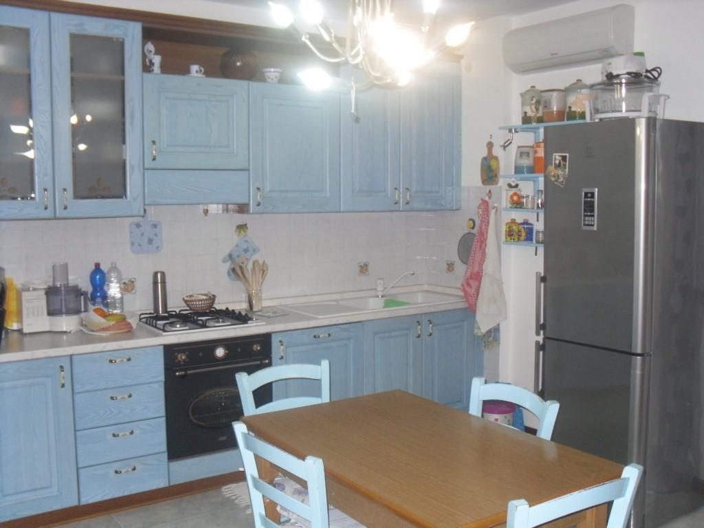 Appartamento in vendita a Gavorrano, 4 locali, zona Zona: Bagno di Gavorrano, prezzo € 150.000 | Cambio Casa.it