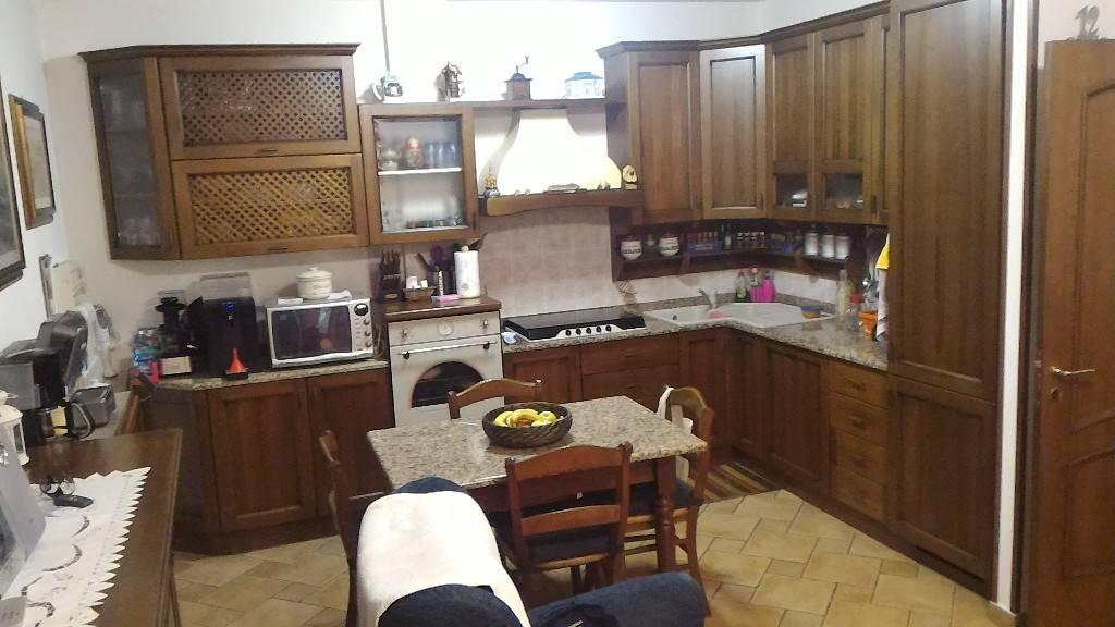 Soluzione Indipendente in vendita a Gavorrano, 4 locali, zona Zona: Bagno di Gavorrano, prezzo € 150.000 | CambioCasa.it