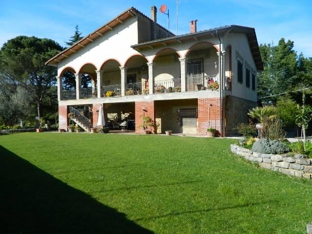 Soluzione Indipendente in vendita a Suvereto, 10 locali, prezzo € 550.000 | Cambio Casa.it