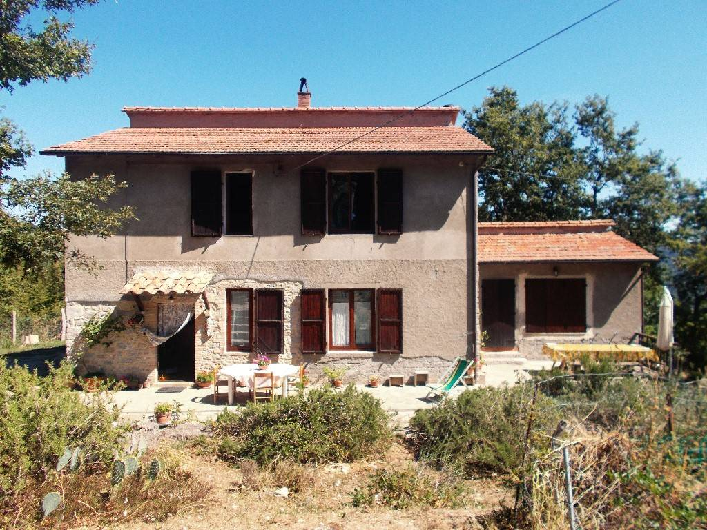 Rustico / Casale in Vendita a Semproniano