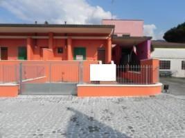Villa vendita CAMAIORE (LU) - 6 LOCALI - 130 MQ