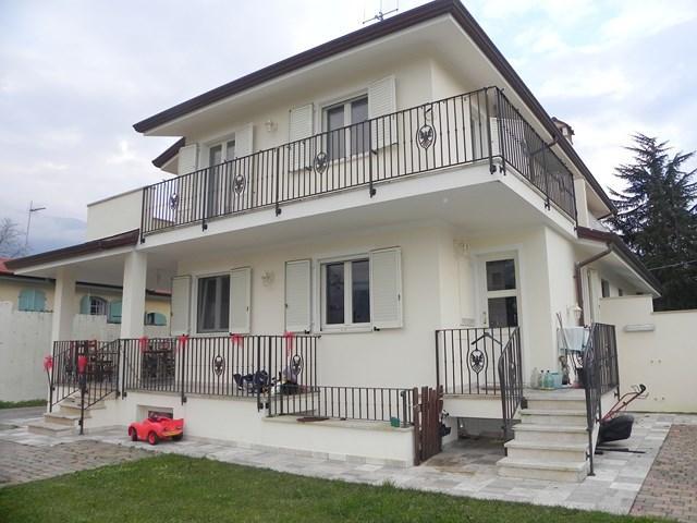 Villa a schiera, Pieve Di Camaiore, Camaiore, in nuova costruzione