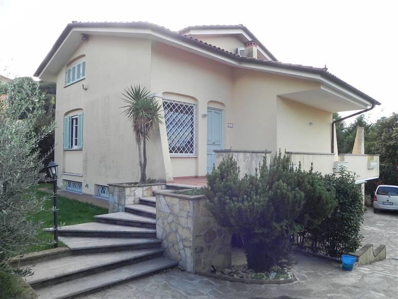 Villa vendita MASSAROSA (LU) - 7 LOCALI - 200 MQ