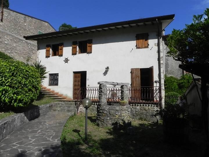 Villa, Camaiore, abitabile