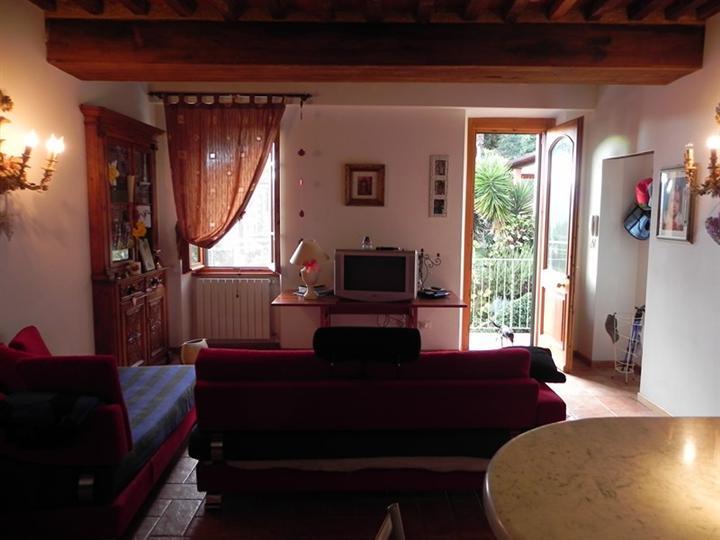 Appartamento indipendente, Camaiore, seminuovo
