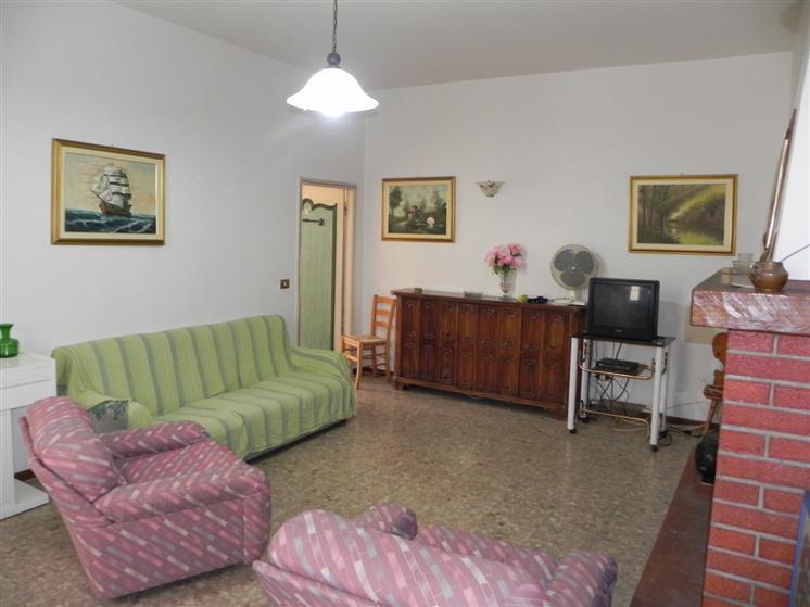 Appartamento vendita CAMAIORE (LU) - 5 LOCALI - 70 MQ