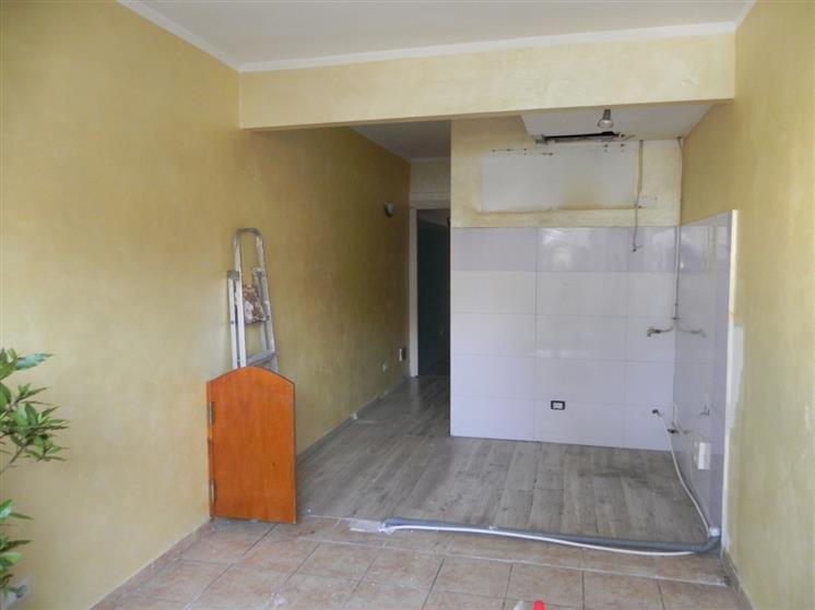 Negozio / Locale in affitto a Camaiore, 2 locali, prezzo € 500 | Cambio Casa.it