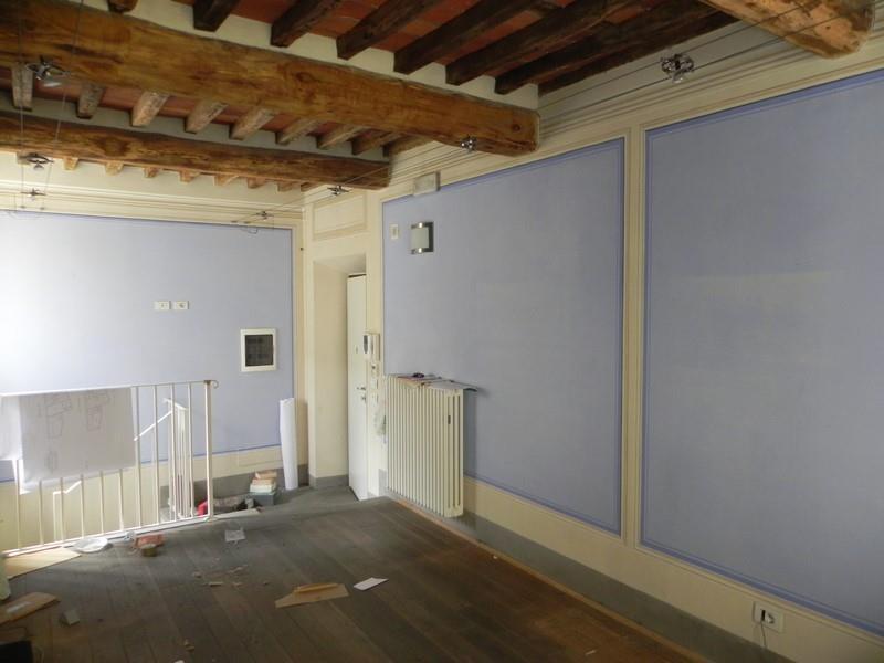 Ufficio / Studio in affitto a Camaiore, 3 locali, prezzo € 600 | Cambio Casa.it