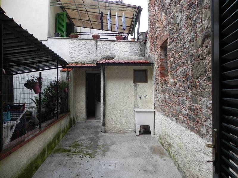 Casa semi indipendente, Camaiore, ristrutturato