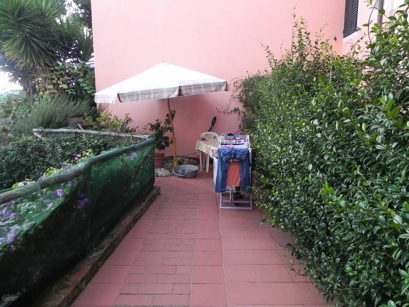Soluzione Indipendente in affitto a Camaiore, 5 locali, prezzo € 680 | Cambio Casa.it