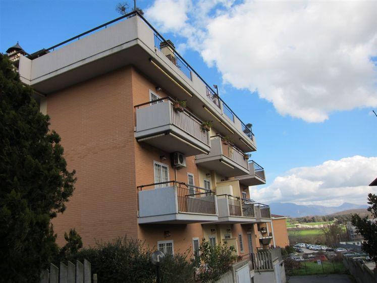 Trilocale in Via Isonzo, Monterotondo