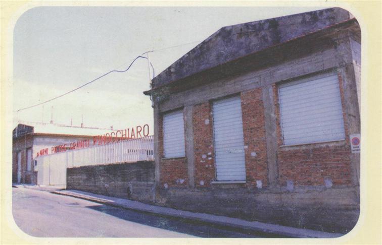 Capannone in vendita a Fiumefreddo di Sicilia, 44 locali, prezzo € 350.000 | Cambio Casa.it