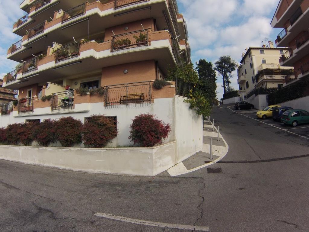 Trilocale in Via San Martino  31, Monterotondo