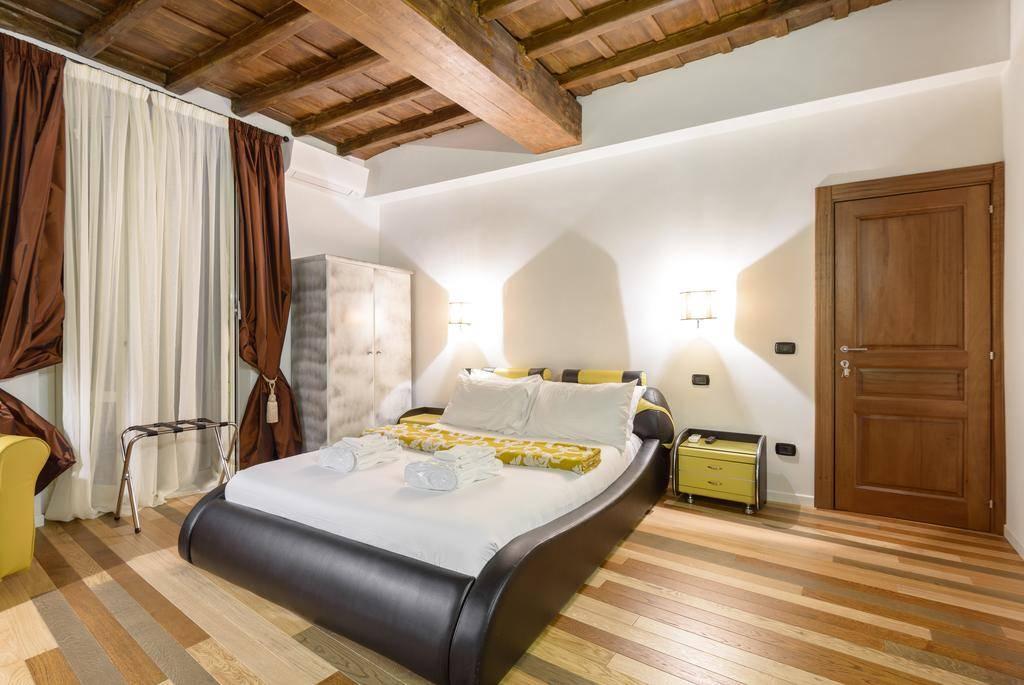 Hotel in vendita a centro storico roma gruppo la - Licenza affittacamere ...