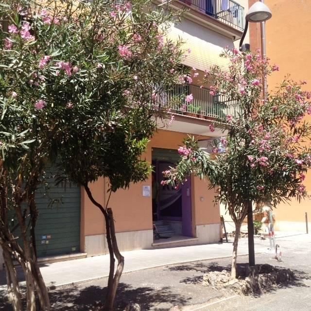 Negozio / Locale in vendita a Monterotondo, 4 locali, zona Località: CENTRO, prezzo € 165.000 | CambioCasa.it