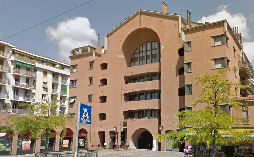 garage-Box-posto auto  in Affitto a Bergamo